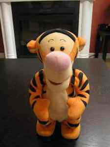 "Talking Bouncing Tigger ~12.5"" Kids Toy Winnie The Pooh Stories"