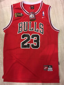 MICHAEL JORDAN CHICAGO BULLS Champions Team Signed Red Jersey