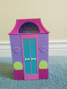 Polly Pocket Dog Grooming Business , Like New Condition, $10