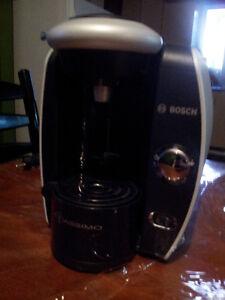 Machine a cafe Tassimo (bosch) comme neuve !!!