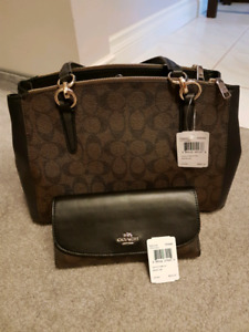 AUTHENTIC NEW LEATHER COACH