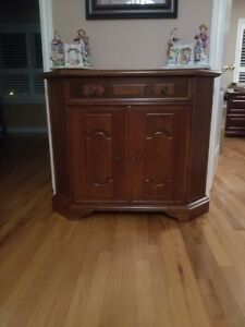 Beautiful Hallway  Console/Cabinet