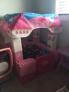 Price Reduced! Hello kitty Lego castle and Lego!!