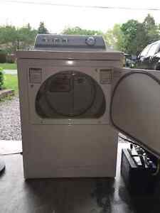 MINT CONDITION - Maytag Performa Dryer
