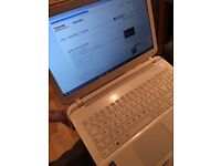 Toshiba Satellite L50-B-1DZ with charger - Immaculate Condition
