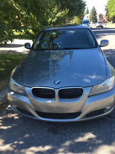 BMW 328 I,  2011 for sale:  86,000 Kms. Sun roof,