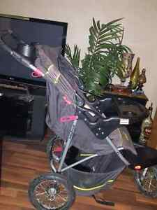 PRICE REDUCED baby stroller PRICE REDUCED  Edmonton Edmonton Area image 2