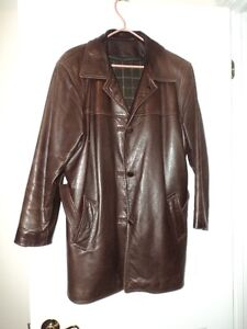 **WOMEN'S BROWN LEATHER JACKET**