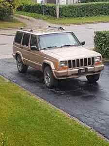 1999 Jeep Cherokee Classic low kms