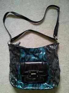 Like New Authentic Nine West Shoulder Bag London Ontario image 1