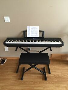 Yamaha p-35b piano / keyboard