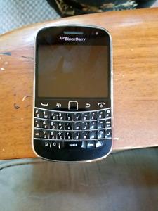 BlackBerry bold 9900 bell