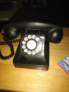 Vintage Northern Electric dial phone