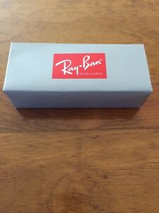 Brand new Ray Ban Wayfarer Originals