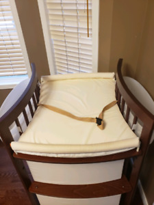 Stokke change table like new condition