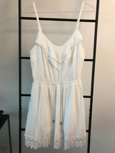 Garage – Small White Summer Dress – Great for travelling!