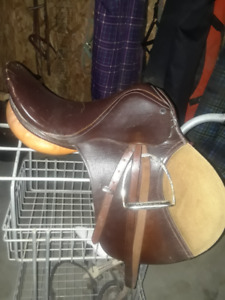 Aussie and English GP saddles for sale! Excellent Condition!