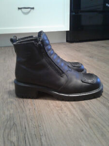 Ladies Martino Motorcycle Boots,  size 7 M.