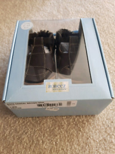 Robeez leather baby shoes *new