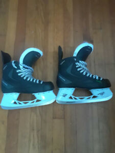 Hockey Skates Size 8