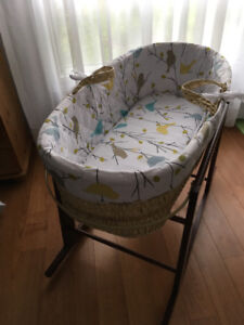 Moses Bassinet and Rocking Base