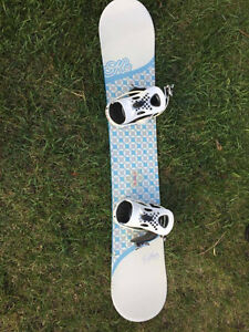 K2 board (147cm white and blue) and boots, LX bindings