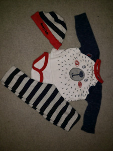 Babyboy 9 month outfit. Excellent condition