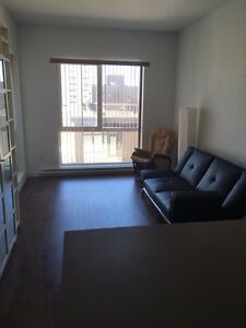 Near metro Berri uqam , Apartment for rent