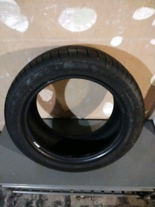 One Goodyear Eagle LS 225 50/R17 Run Flat Tire