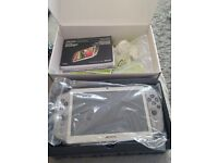Archos GamePad 8GB Video Gaming Tablet Android
