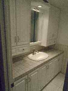 Armoires de salle de bain à vendre
