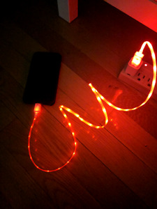 Red LED charger - iPhone/iPad/iPod