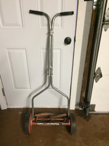Rotary blade push mower