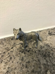 Pewter wolf