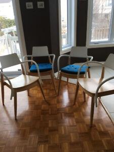 4 Chaises d'IKEA Modèle: PS SLINGRA Du designer Ehlén Johansso