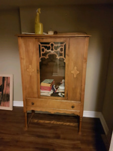 Small size China display cabinet
