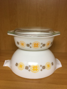 Pyrex Town and Country Bowl and/or Casserole