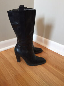 Nine West leather boots size 5