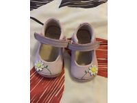 Baby shoes size 2 f