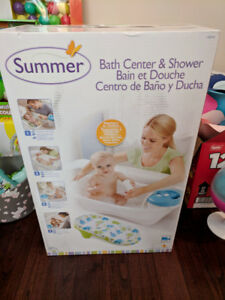 BNIB Summer Newborn to Toddler Bath Center and Shower