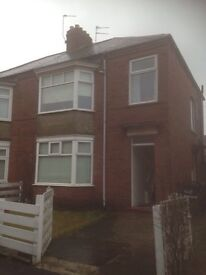 Two bed upper flat to let