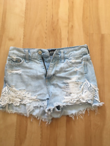 Hollister & Abercrombie 15 spring & summer items for $30