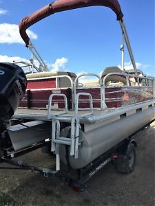 """2013 Sun Tracker Party Barge 22  """"SOLD"""""""