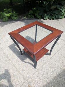 Elegant solid wood and glass top coffee table