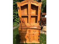 Display cabinet/Dresser with loads of character