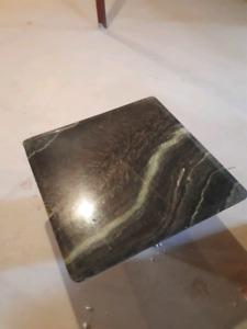 10/10 Marble coffee table