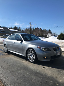 **2007 BMW 530xi M PACKAGE**