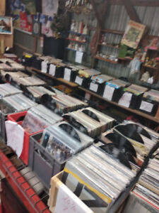 VINYL RECORD ALBUMS & CDS FOR SALE! HUGE SELECTION!