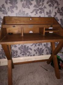 Desk wooden solid