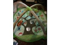 Skip and hop play gym mat